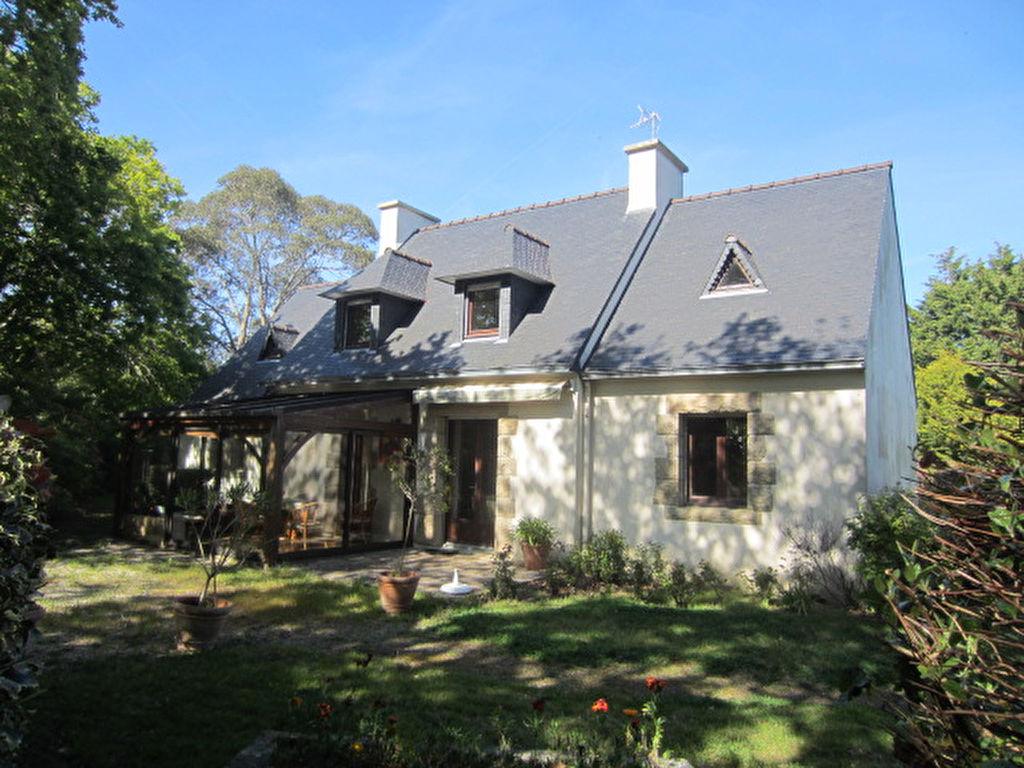 Tregunc Maison avec vie de plain pied sur 4000 m² de terrain