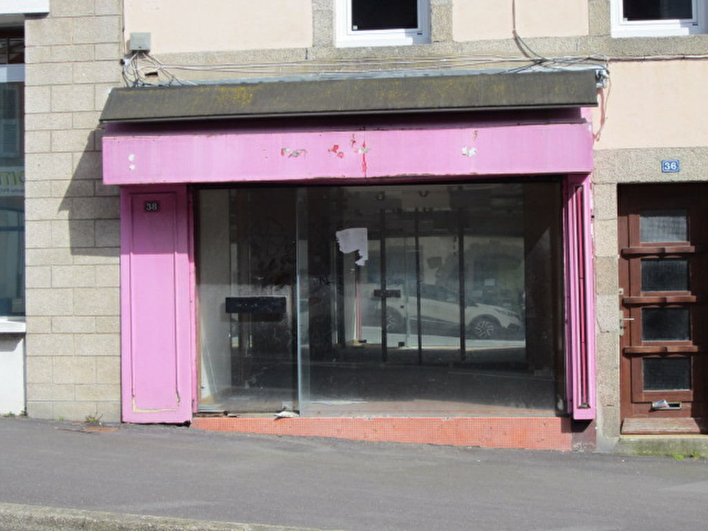 Concarneau, centre ville, local commercial de 24.50 m² avec vitrine