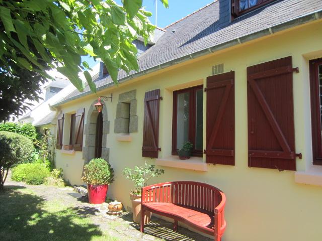 Concarneau, dans quartier recherché, maison de 140 m² avec vie de plain pied