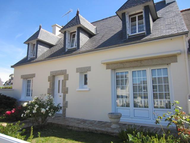 Conarneau, jolie néobretonne avec 5 chambres et vie de plain pied, état irréprochable