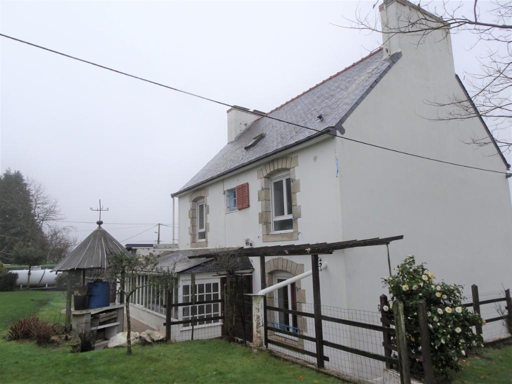 Maison en campagne 5 chambres avec garages de 144 m²