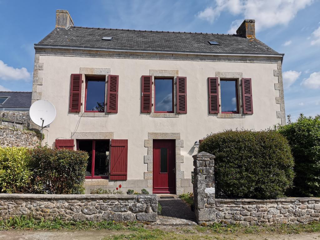Maison en pierre de 153 m² au calme